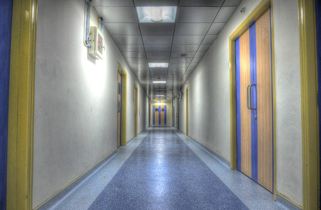hospital-555092_640