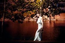 girl-in-white-dress-1708124_640