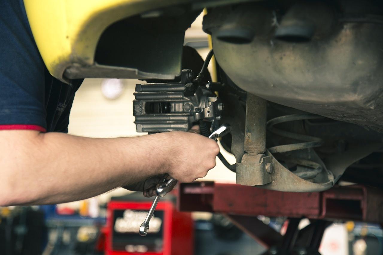 mechanic-1696914_1280